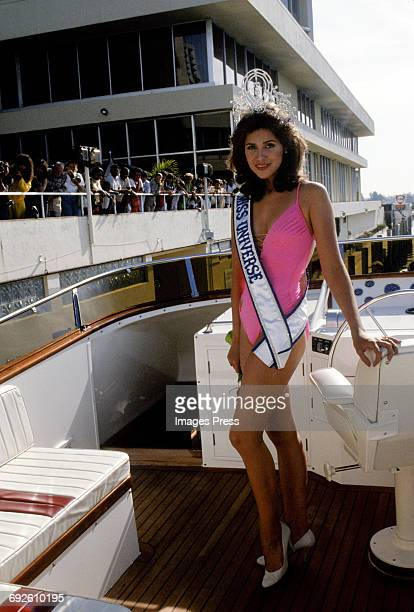 Newly crowned Miss Universe Deborah CarthyDeu at the 1985 Miss Universe Pageant circa 1985 in Miami Florida