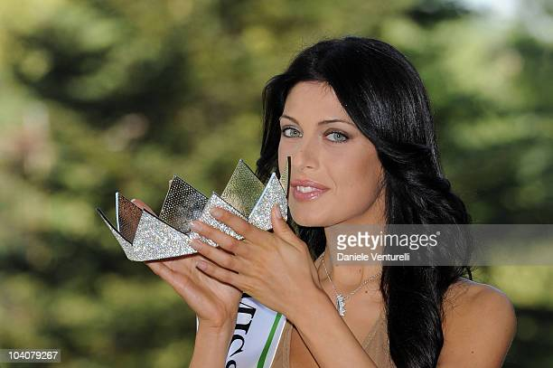 Newly elected 19yearold Francesca Testasecca attends the photocall during the 2010 Miss Italia Beauty Pageant on September 14 2010 in Salsomaggiore...