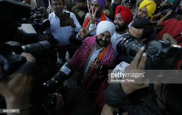 Newly elected AAP MLA from Tilak Nagar constituency Jarnail Singh arrives for first meeting with Arvind Kejriwal at Constitution Club on February 10,...