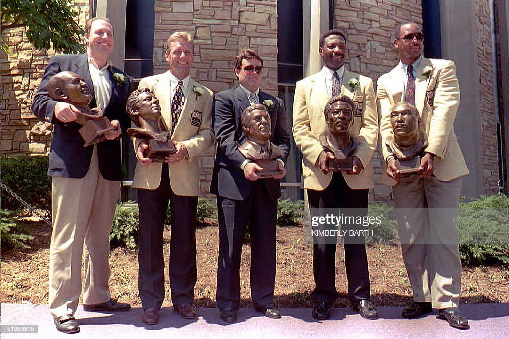 Newly inducted Pro Football Hall of Fame enshrinee : News Photo