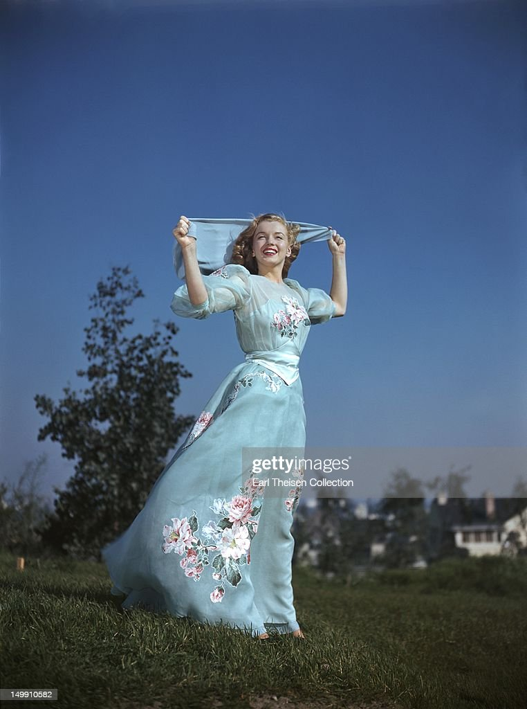 Marilyn Monroe Early Portrait Session : News Photo