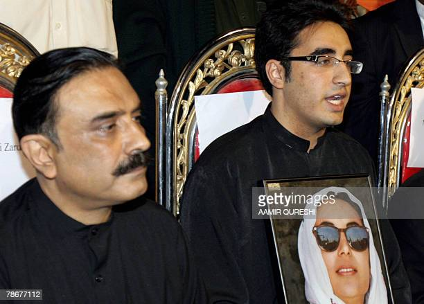 Newlyappointed chairperson of the Pakistan People's Party Bilawal Bhutto Zardari the son of slain former premier Benazir Bhutto speak during a press...