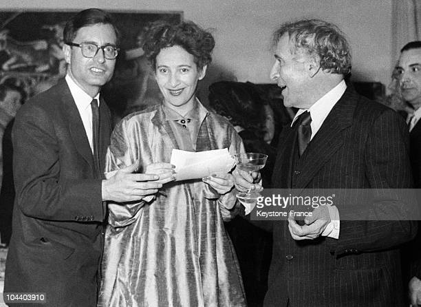 Newlyweds Franz MAYER and Ida CHAGALL with the bride's father the painter Marc CHAGALL during the wedding ceremony in Vence in the AlpesMaritimes...