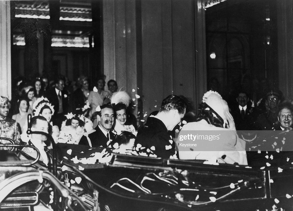 Royal Honeymoon Begins : News Photo