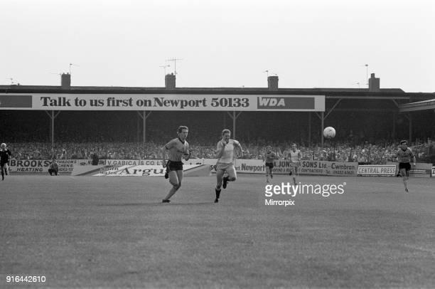 Newport 0-2 Reading, Division Three league match at Rodney Parade, Saturday 12th October 1985.