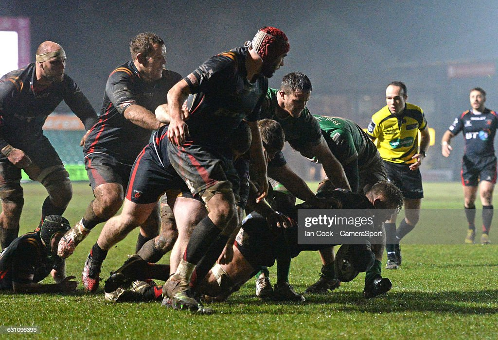 Newport Gwent Dragons' Lewis Evans scores his sides second try during the Guinness PRO12 Round 13 match between Newport Gwent Dragons and Benetton Rugby Treviso at Rodney Parade on January 6, 2017 in Newport, Wales.