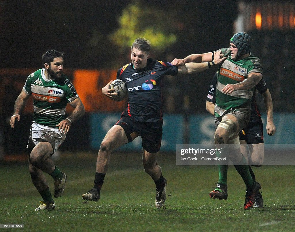 Newport Gwent Dragons' Tyler Morgan during the Guinness PRO12 Round 13 match between Newport Gwent Dragons and Benetton Rugby Treviso at Rodney Parade on January 6, 2017 in Newport, Wales.