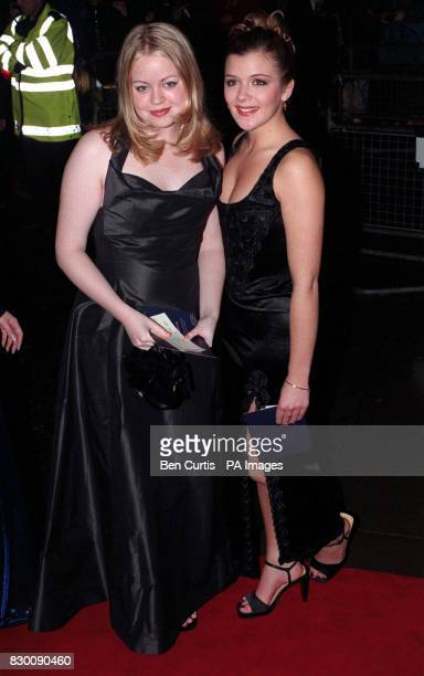 News 27/10/98 Coronation Street actresses arrives at the Royal Albert Hall in London for the National Television Awards.