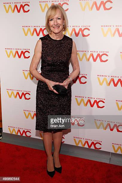 News Anchor and honoree Judy Woodruff attends The Women's Media Center 2015 Women's Media Awards on November 5 2015 in New York City