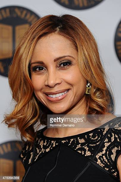 News Anchor WNYW Fox 5 Dari Alexander attends the One Hundred Black Men Inc Of New York 34th Annual Benefit Gala at New York Hilton on February 27...