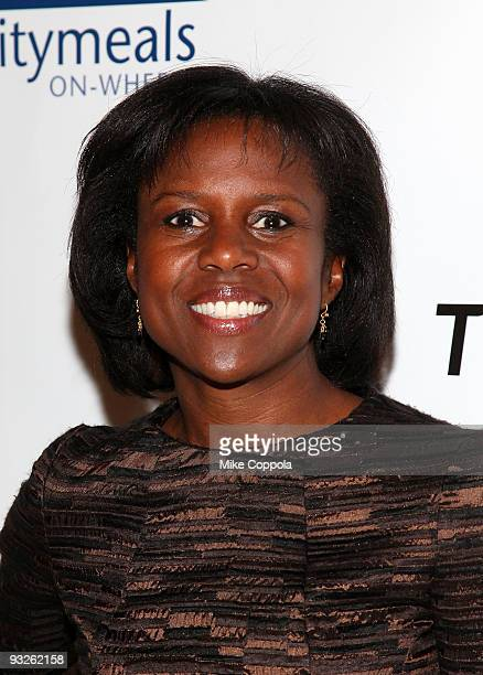 ABC news correspondent Deborah Roberts attends the CitymealsonWheels 23rd annual Power Lunch for Women at Cipriani 42nd Street on November 20 2009 in...