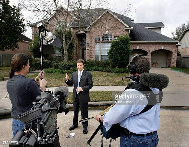 A news crew sets up for a stand up in front of the home of astronaut Lisa Marie Nowak on February 7 2006 in Houston Texas Nowak has been charged with...