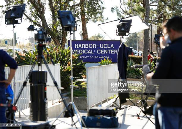 News crews stage outside of Harbor-UCLA Medical Center in Torrance after Tiger Woods has hurt in a crash in Rancho Palos Verdes and taken to the...
