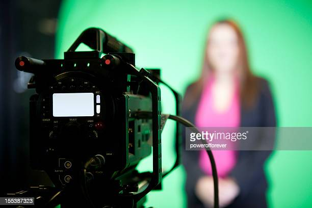 news presenter on green screen - stage set stock pictures, royalty-free photos & images