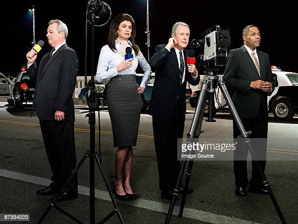 news presenters - journalist stock pictures, royalty-free photos & images