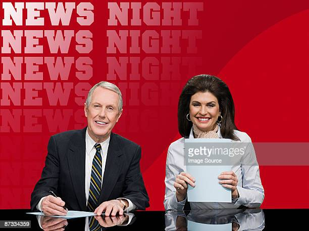 news presenters - newscaster stock pictures, royalty-free photos & images