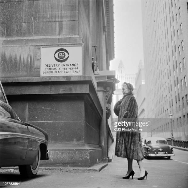 News' THE MORNING SHOW featuring Ginger Stanley as the underwater weather girl Ginger enters Studio 41 Grand Central Terminal studio Image dated...