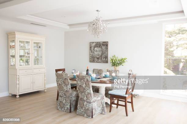 Newscaster Harris Faulkner's home is photographed for Closer Weekly Magazine on March 22 2017 in northern New Jersey Dining room PUBLISHED IMAGE