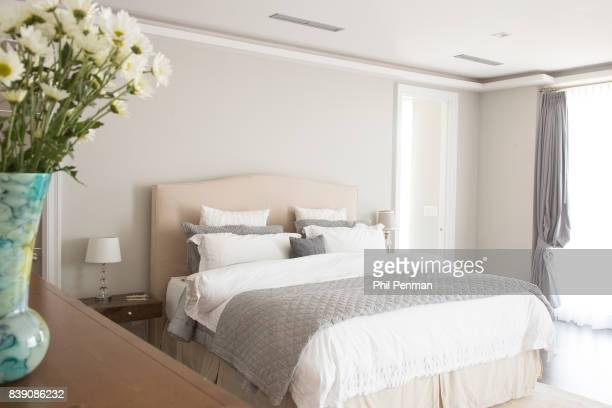 Newscaster Harris Faulkner's home is photographed for Closer Weekly Magazine on March 22 2017 in northern New Jersey Master bedroom PUBLISHED IMAGE