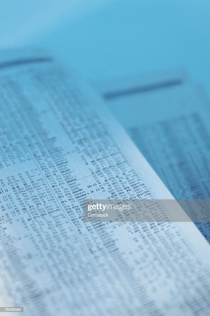Newspaper financial pages : Stockfoto