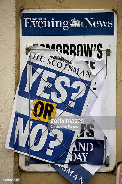 Newspaperflyers pose the 'Yes or No' question during the Scottish referendum on September 18, 2014 in Edinburgh, Scotland. After many months of...