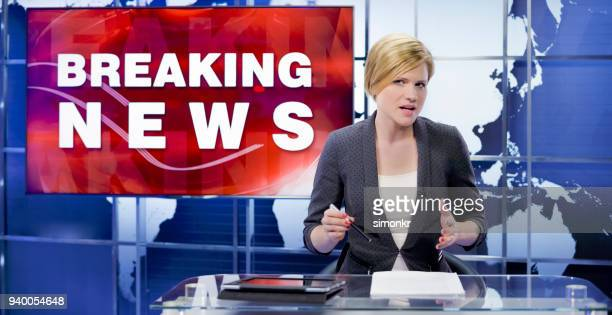 newsreader in television studio - press room stock pictures, royalty-free photos & images