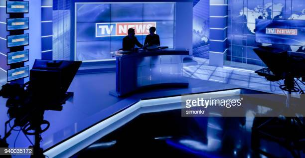newsreaders in television studio - television studio stock pictures, royalty-free photos & images