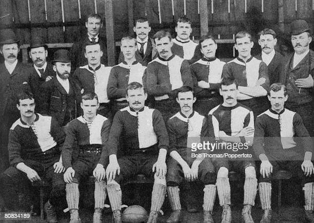 Newton Heath Football Club in 1892 the year they join the Football League Back rowleftright Massey JWarner JDavies Middle row TTaylor Alf Albut...
