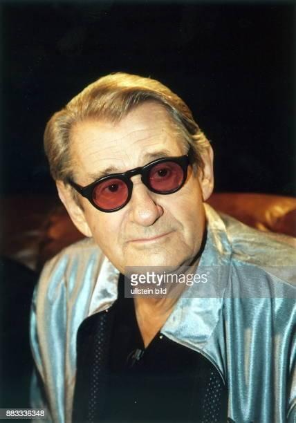 Newton Helmut * Fotograf Australien Portrait mit Sonnenbrille