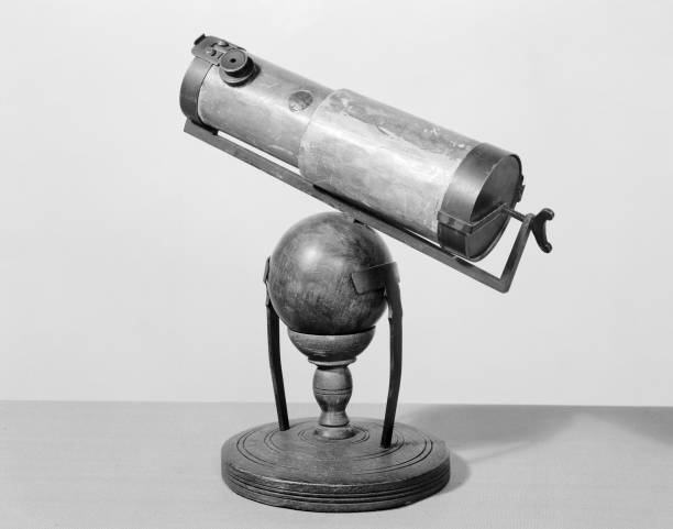 Newtons reflecting telescope c late 17th century. pictures getty