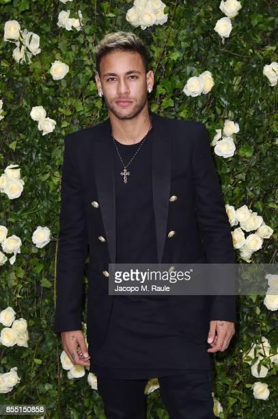 Neymar attends the Balmain show as part of the Paris Fashion Week Womenswear Spring/Summer 2018 on September 28 2017 in Paris France