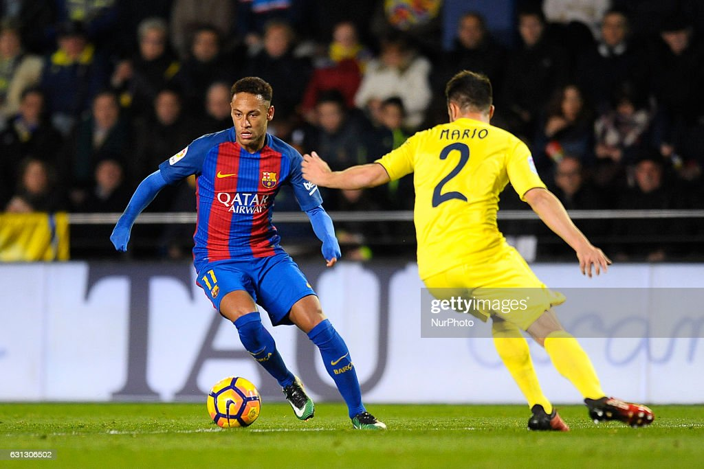 Villarreal CF v FC Barcelona - La Liga : News Photo