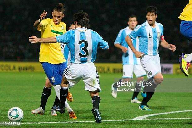 Neymar from Brazil in action during the first match of the Superclasico de la Americas at Mario Alberto Kempes stadium on September 14 2011 in...