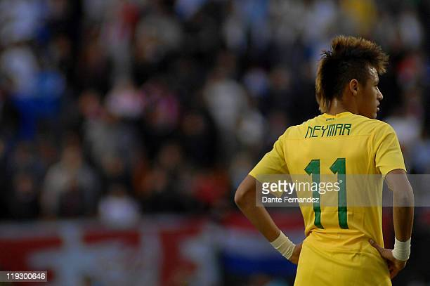 Neymar from Brazil stands during a match between Brazil and Paraguay as part of the Quarter Finals of Copa America 2011 at Estadio unico de La Plata...