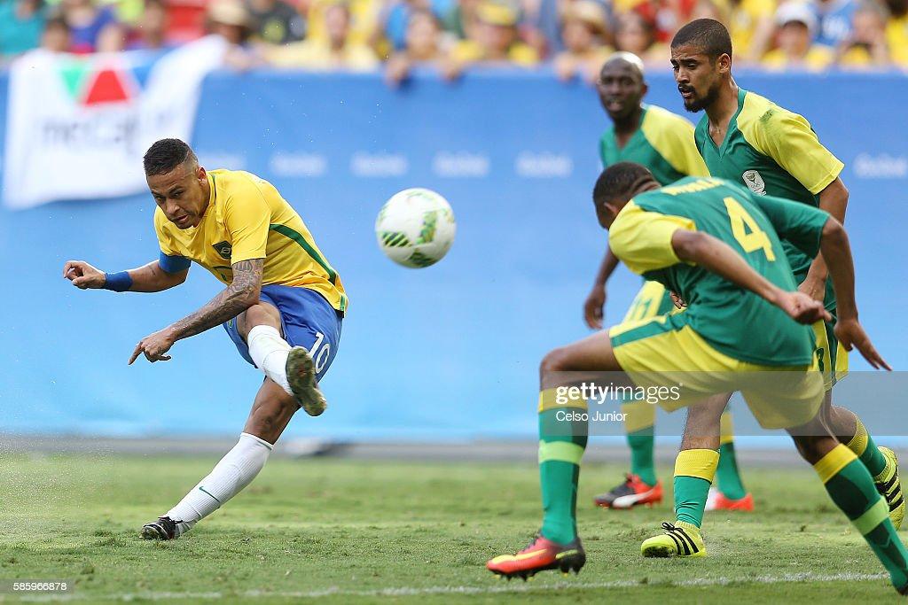 Brazil v South Africa: Men's Football - Olympics: Day -1 : News Photo