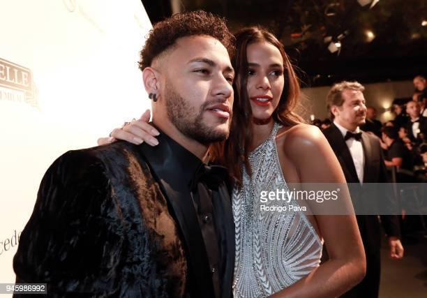 Neymar Jr and Bruna Marquezine attend the 2018 amfAR gala Sao Paulo at the home of Dinho Diniz on April 13 2018 in Sao Paulo Brazil