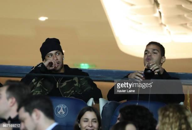 Neymar Jr and Hatem Ben Arfa of Paris SaintGermain attends before the Ligue 1 match between Paris SaintGermain and OGC Nice at Parc des Princes on...