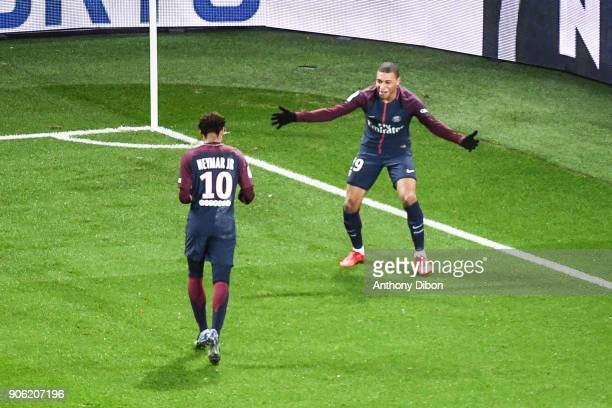 Neymar Jr and Kylian Mbappe of PSG celebrates a goal during the Ligue 1 match between Paris Saint Germain and Dijon FCO at Parc des Princes on...