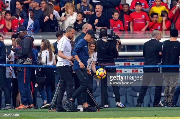 Neymar Jr attends a Paris SaintGermain training session at Parc des Princes on May 16 2018 in Paris France