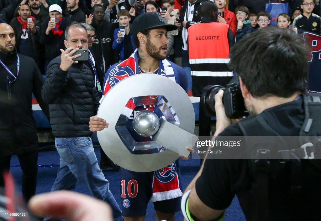 Paris Saint-Germain v Dijon FCO - Ligue 1 : ニュース写真
