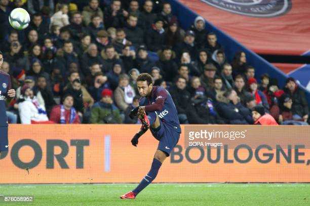 Neymar Jr in action during the French Ligue 1 soccer match between Paris Saint Germain and FC Nantes at Parc des Princes