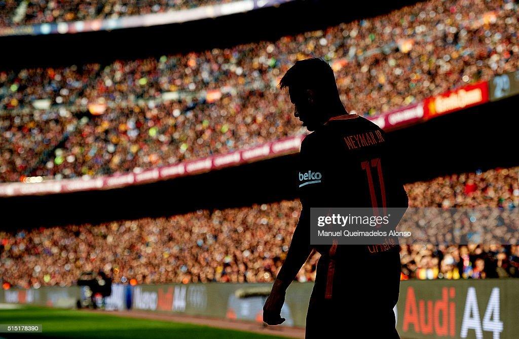 Neymar JR of Barcelona looks on during the La Liga match between FC Barcelona and Getafe CF at Camp Nou on March 12, 2016 in Barcelona, Spain.