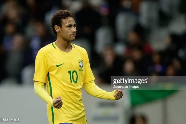Neymar Jr of Brazil celebrate 01 during the International Friendly match between Japan v Brazil at the Stade Pierre Mauroy on November 10 2017 in...