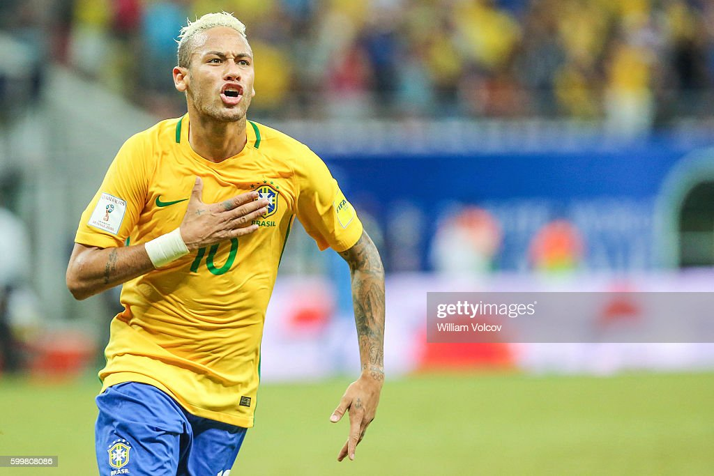 Brazil v Colombia - FIFA 2018 World Cup Qualifiers : News Photo