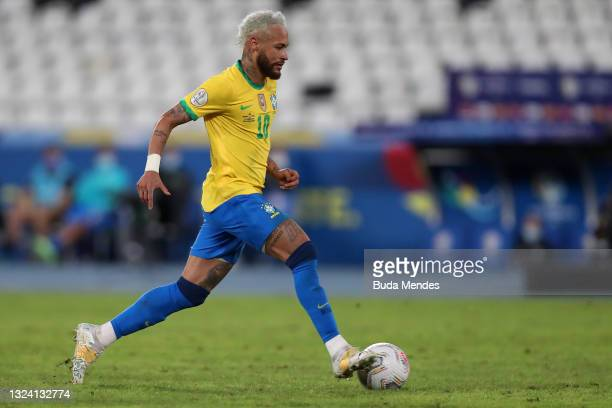 Neymar Jr. Of Brazil controls the ball during a match between Brazil and Peru as part of Group B of Copa America Brazil 2021 at Estadio Olímpico...