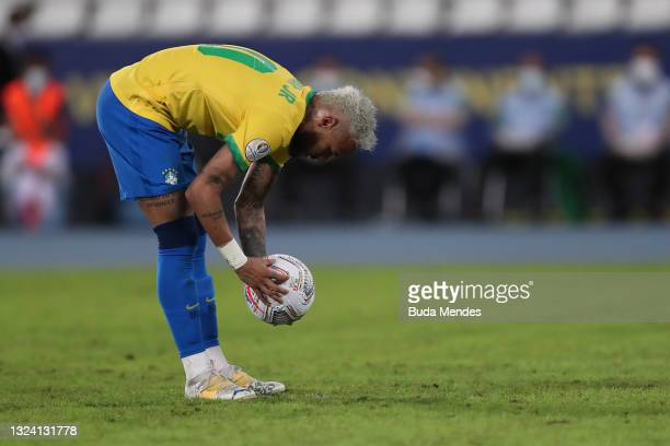 Neymar Jr. Of Brazil handles the ball during a match between Brazil and Peru as part of Group B of Copa America Brazil 2021 at Estadio Olímpico...