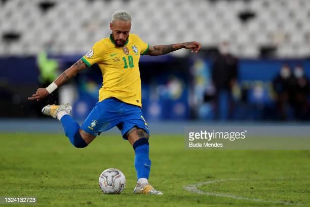 Neymar Jr. Of Brazil kicks the ball during a match between Brazil and Peru as part of Group B of Copa America Brazil 2021 at Estadio Olímpico Nilton...