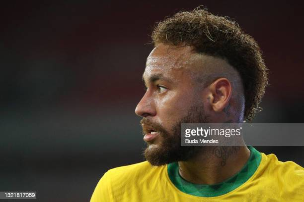 Neymar Jr. Of Brazil looks on during a match between Brazil and Ecuador as part of South American Qualifiers for Qatar 2022 at Beira-Rio Stadium on...