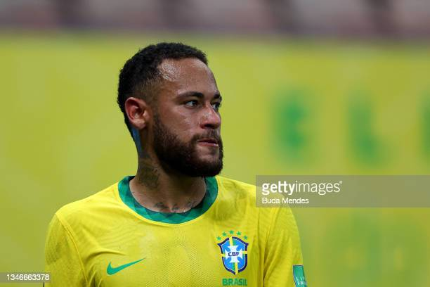 Neymar Jr. Of Brazil looks on during a match between Brazil and Uruguay as part of South American Qualifiers for Qatar 2022 at Arena Amazonia on...