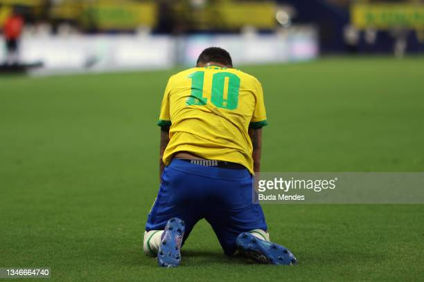 Neymar Jr. Of Brazil reacts during a match between Brazil and Uruguay as part of South American Qualifiers for Qatar 2022 at Arena Amazonia on...